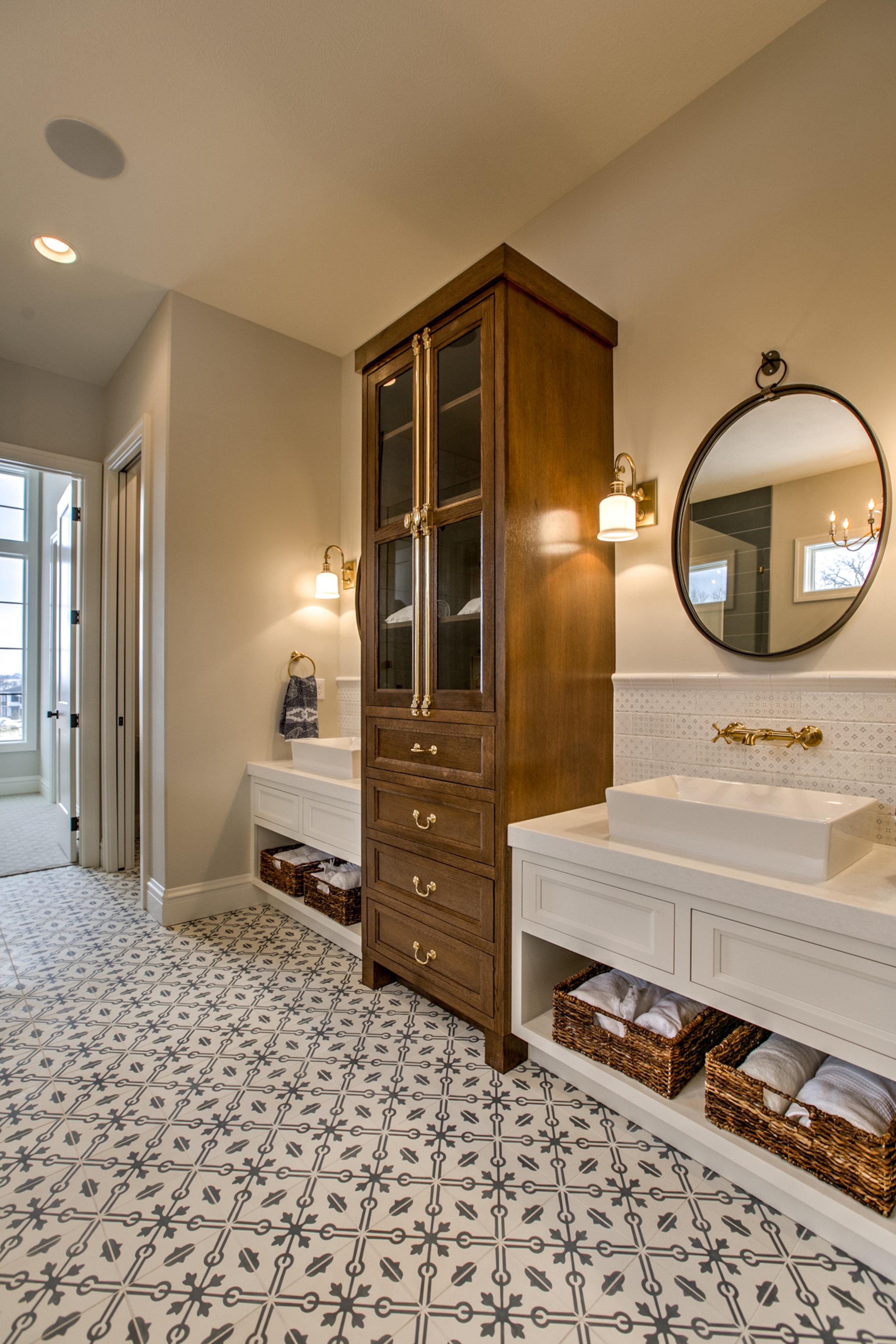 The Master Bathroom | Nathan Homes