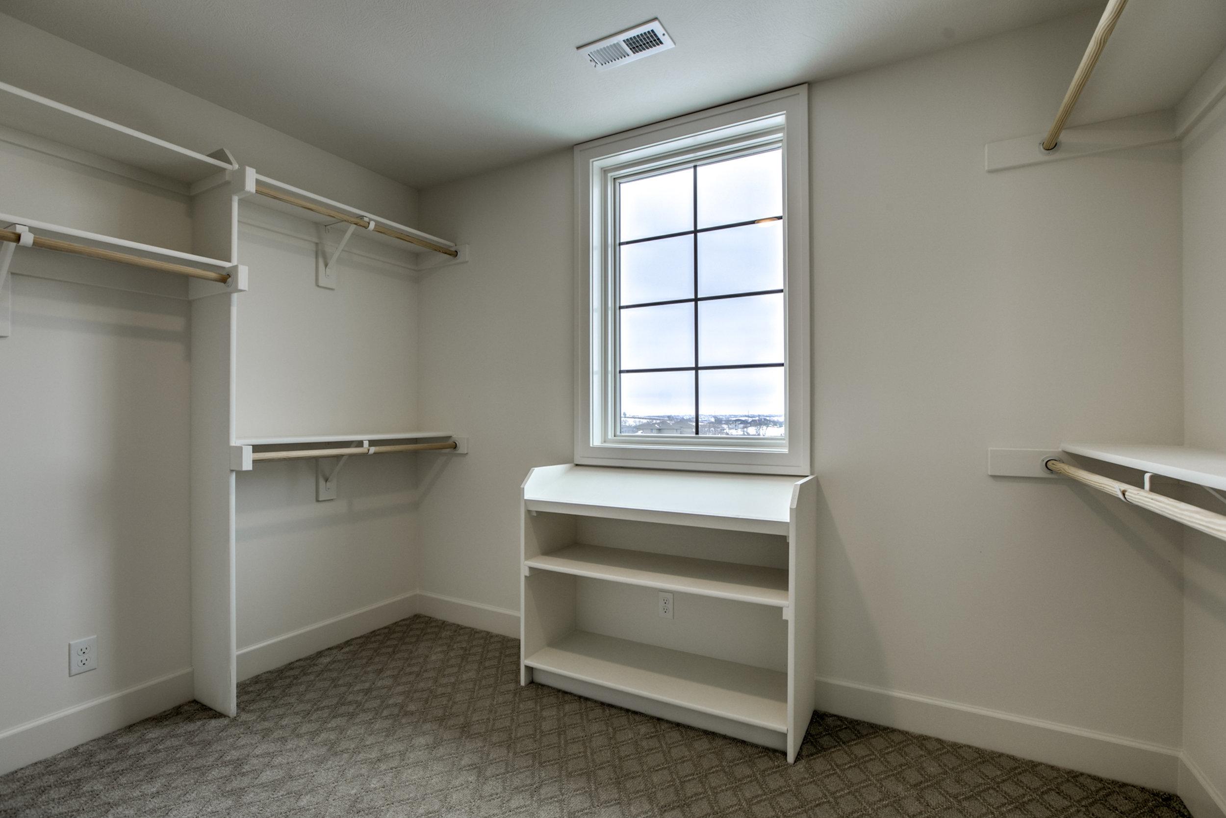 The Closet | Nathan Homes