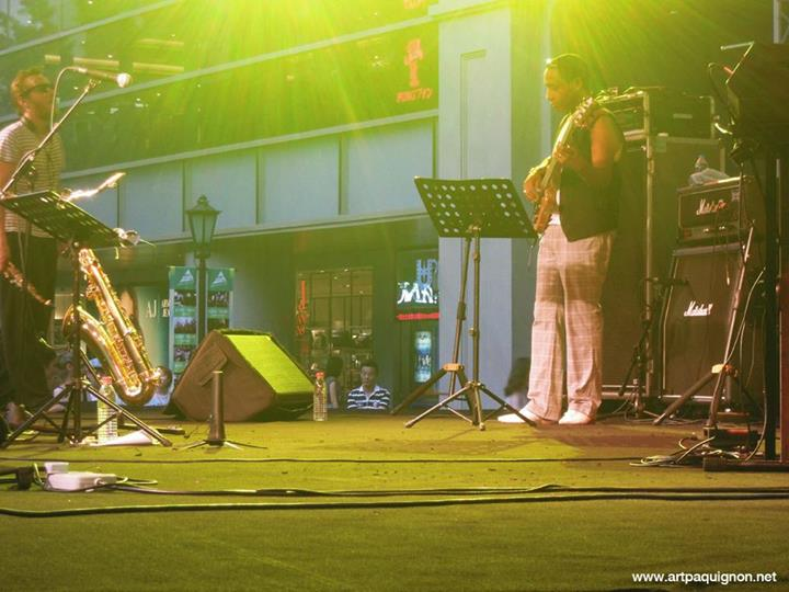 Quentin Paquignon Quartet @ Fete de la Musique Xintiandi Shanghai 2013-6.jpg