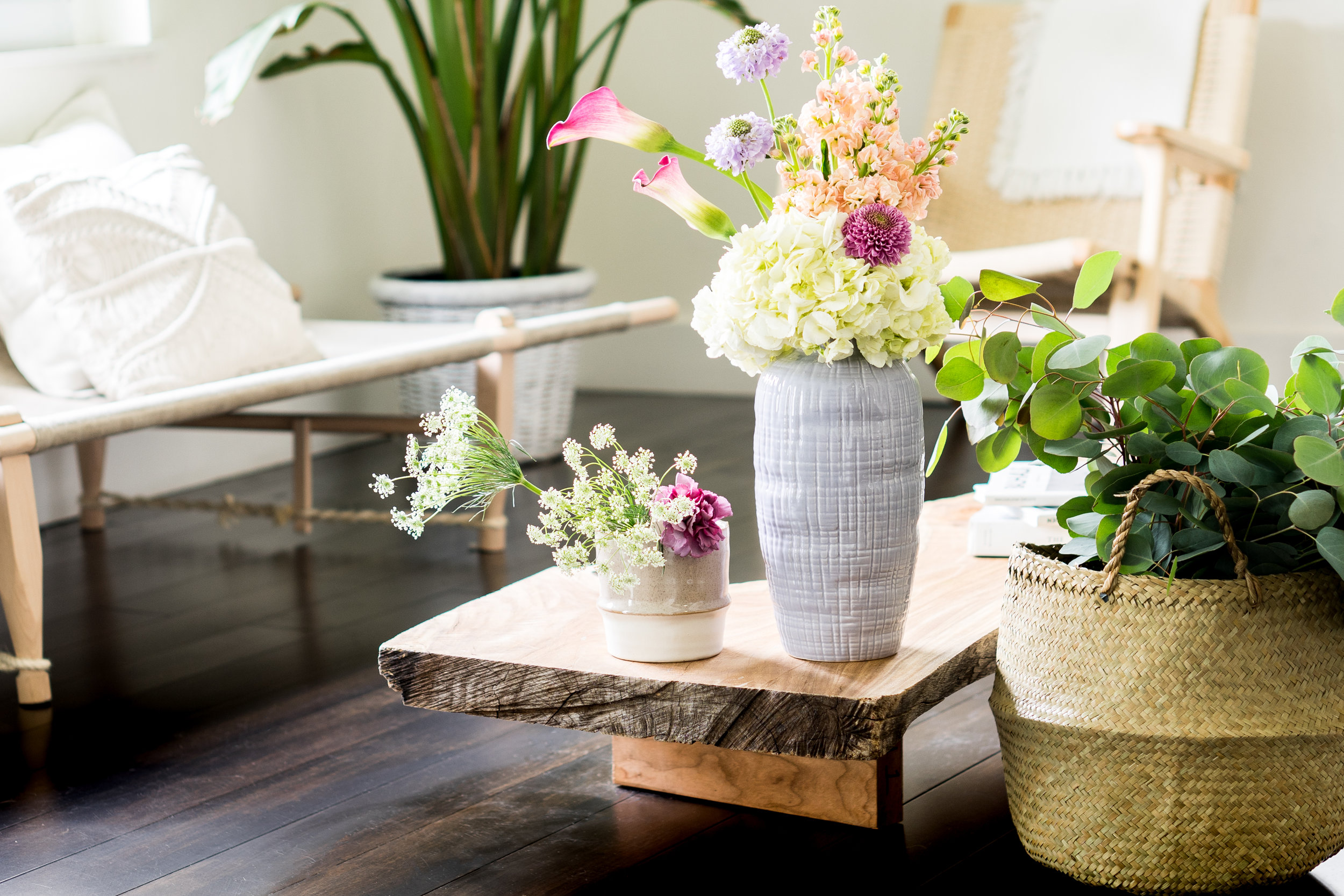 Organic Inspired Simple Floral Arrangements