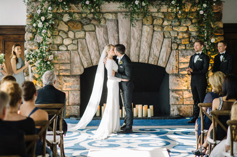Beautiful Winter Wedding at Fairmont Chateau Lake Louse