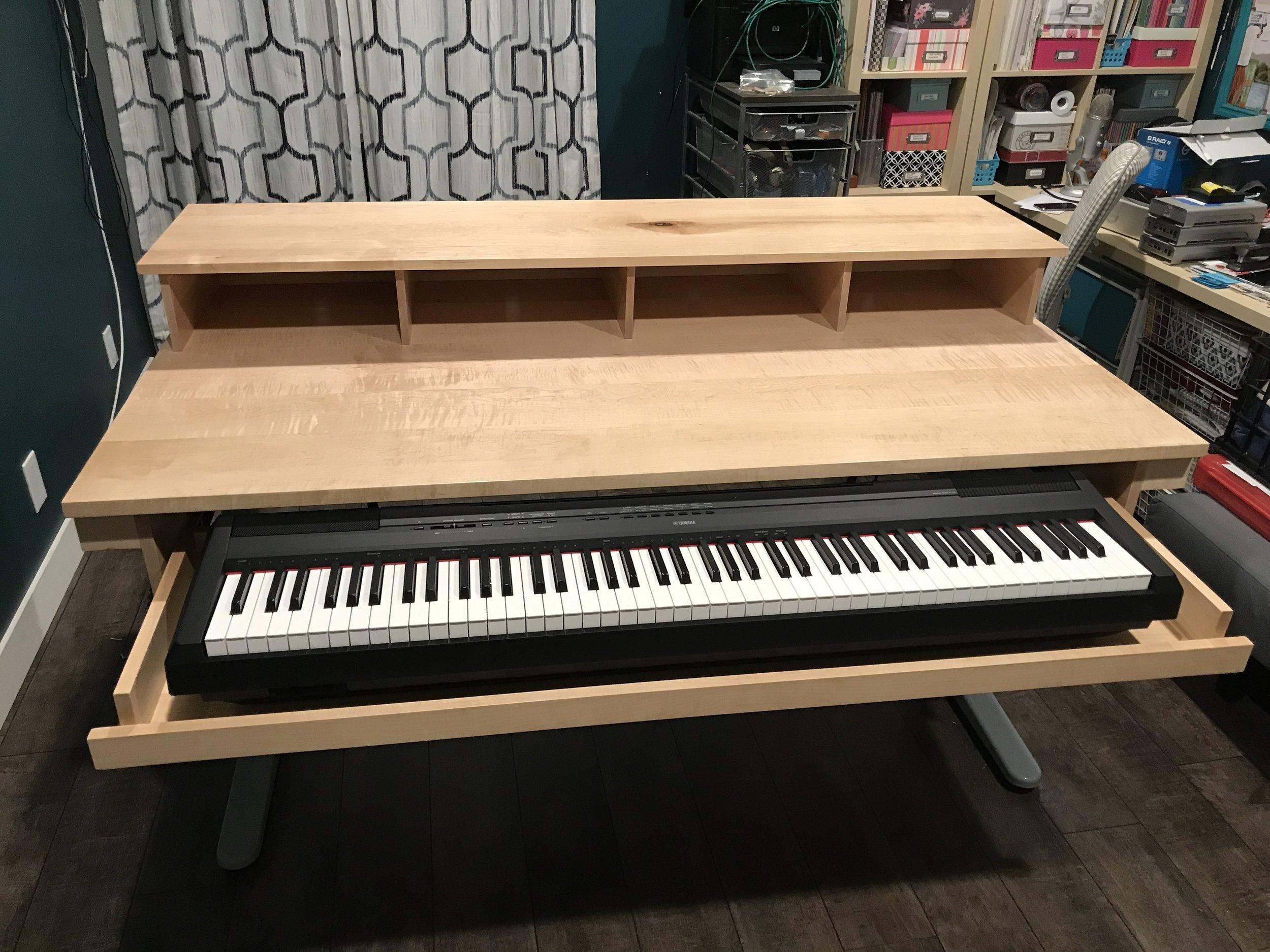 Piano Studio Desk Henneydesigns