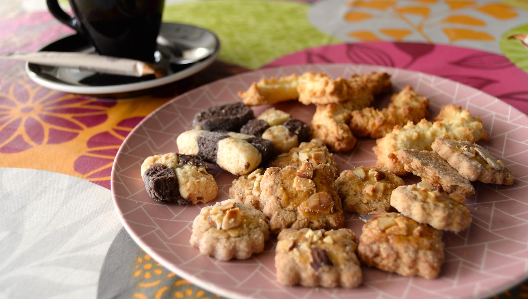 coffee-biscuits-lilikoi-deli.JPG