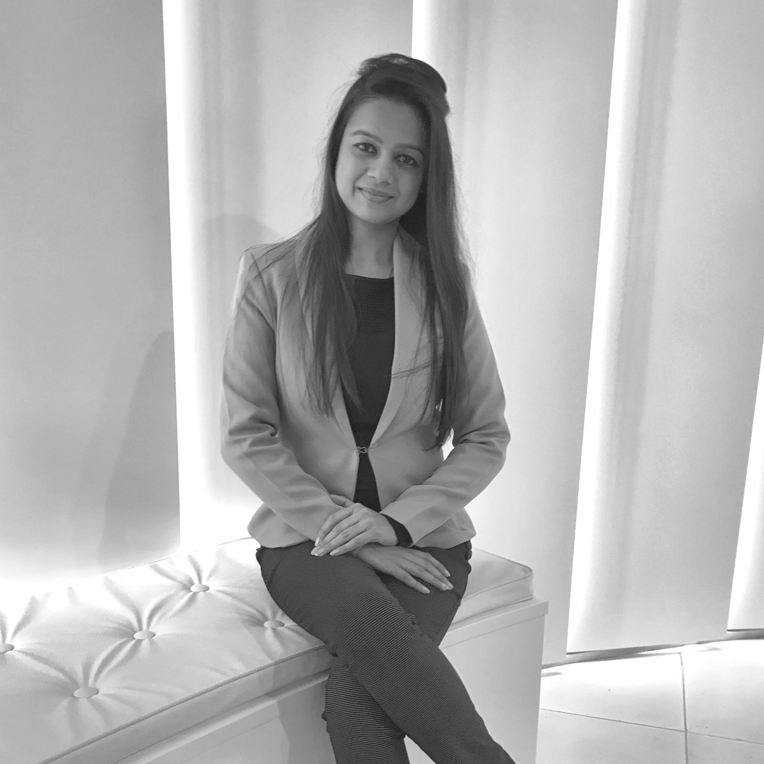 Pavni Bansal - Sales Consultant