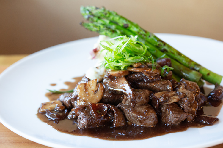 Steak Tips Cabernet
