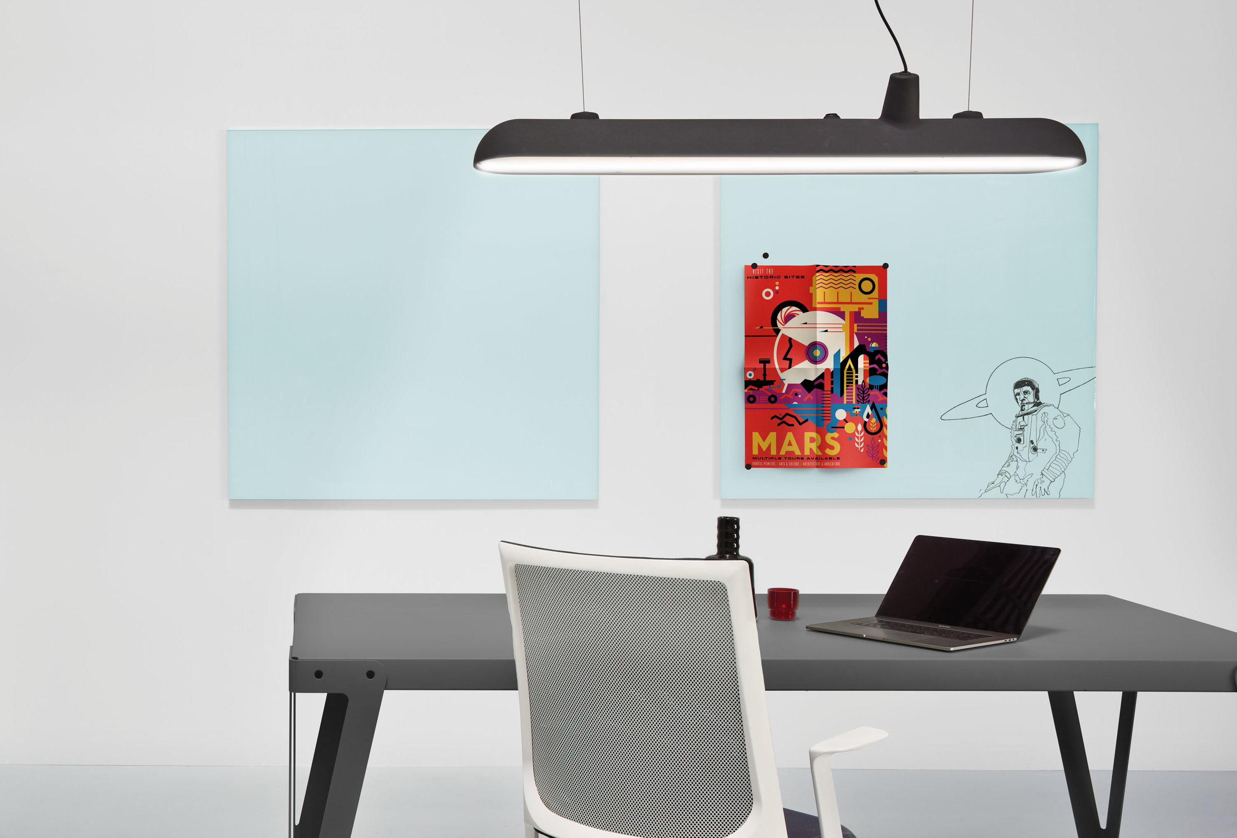 Enscribe Magnetic Glass Boards - Easy to write on and easy to clean. The surface never deteriorates. Where projects require a specific finish or finishes we are able to match standard Dulux & RAL colours. Enscribe Magnetic Glass Boards can have images, templates or logos incorporated within the design.