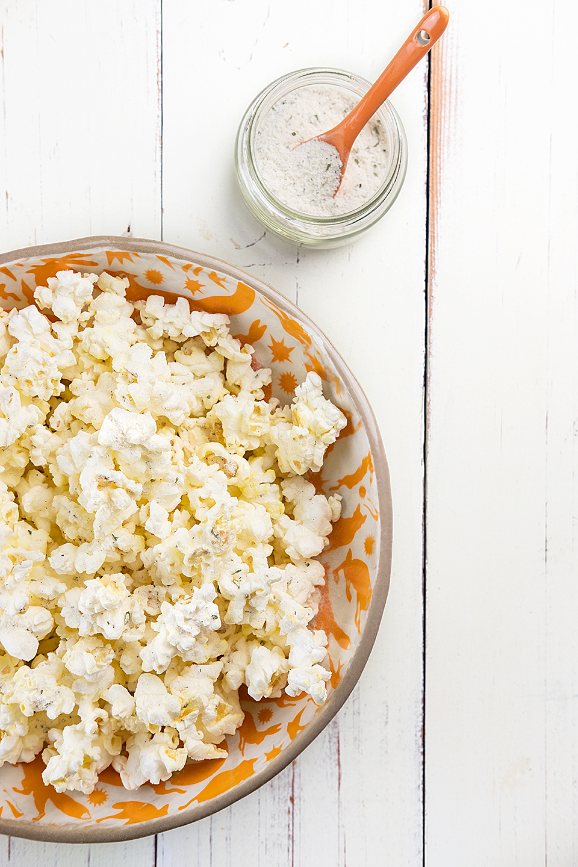 JodiLovees_Top-5-snack-hacks_popcorn.jpg