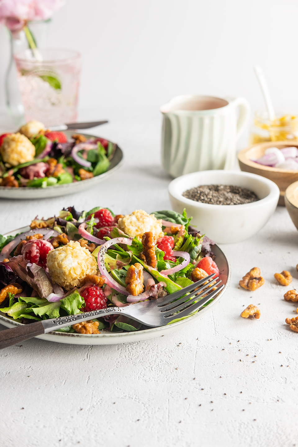 JodiLoves_Fresh-Summer-Salad-with-Raspberry-Lambic-Dressing_Table.jpg