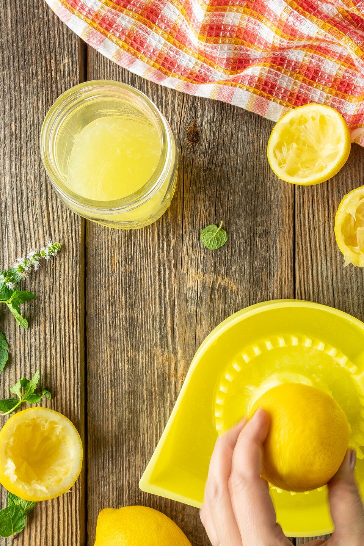 JodiLoves-Sparkling-blackberry-lemonade-fresh-Squeeze.jpg