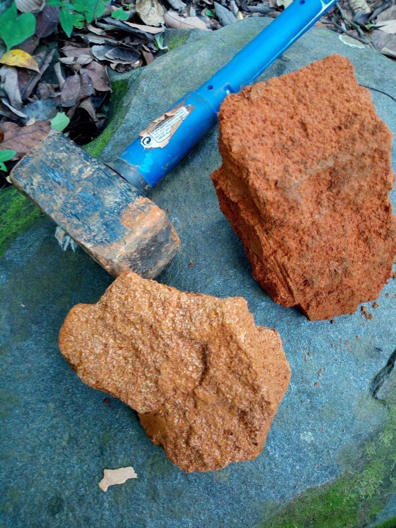 MineralVest-Bauxite