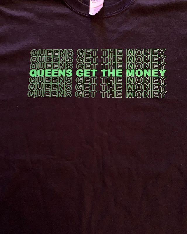 Sample sale sz M 30.00 hit my dm for purchase. #getyourmoneyqueen #QueensGetTheMoney #cashisQueen #selfworth #lapelpin #salute2theQueen #Queenbition  #qgtm #blackwoman #cream #money #newyork #chanel  #streetwear #queen #ohio #chicago #streetwearbrand #beyhive #world #blackgirlsrock #blackmagic #chicago #homecoming #maimi #nola #vegas #blackhistory #essence #columbus #money #explorepage
