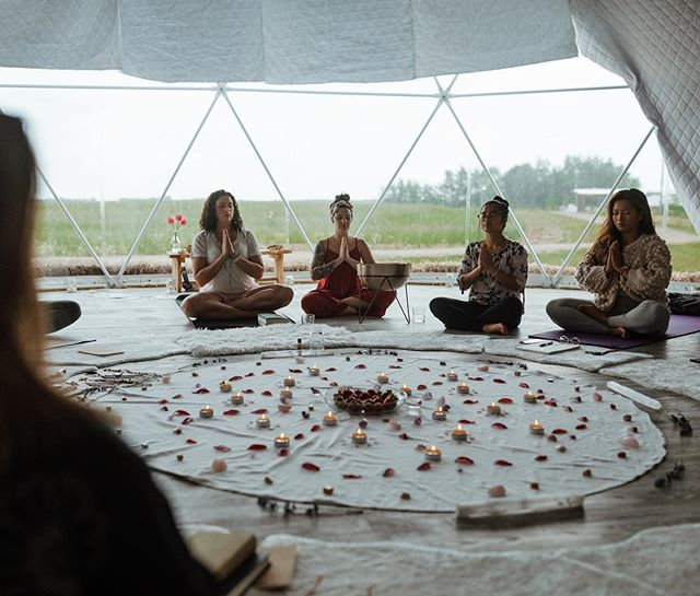 We are so excited to announce our next moon circle.  Join us July 30 from 6-9pm @goodlandfarms Sacred Land for an evening of deep feminine connection. We will begin with a reiki infused yin class and then be led through a 2 hour ceremony.  To register, click the link in @farmtoom bio.  Happy Canada Day, loves 🇨🇦✌🏼Xo 📷: @carissamariephotography_