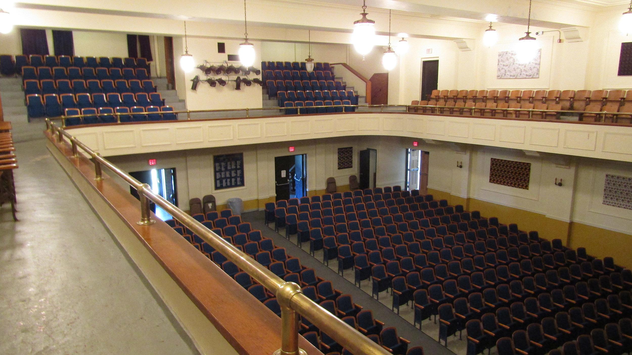 Auditorium_0002.jpg