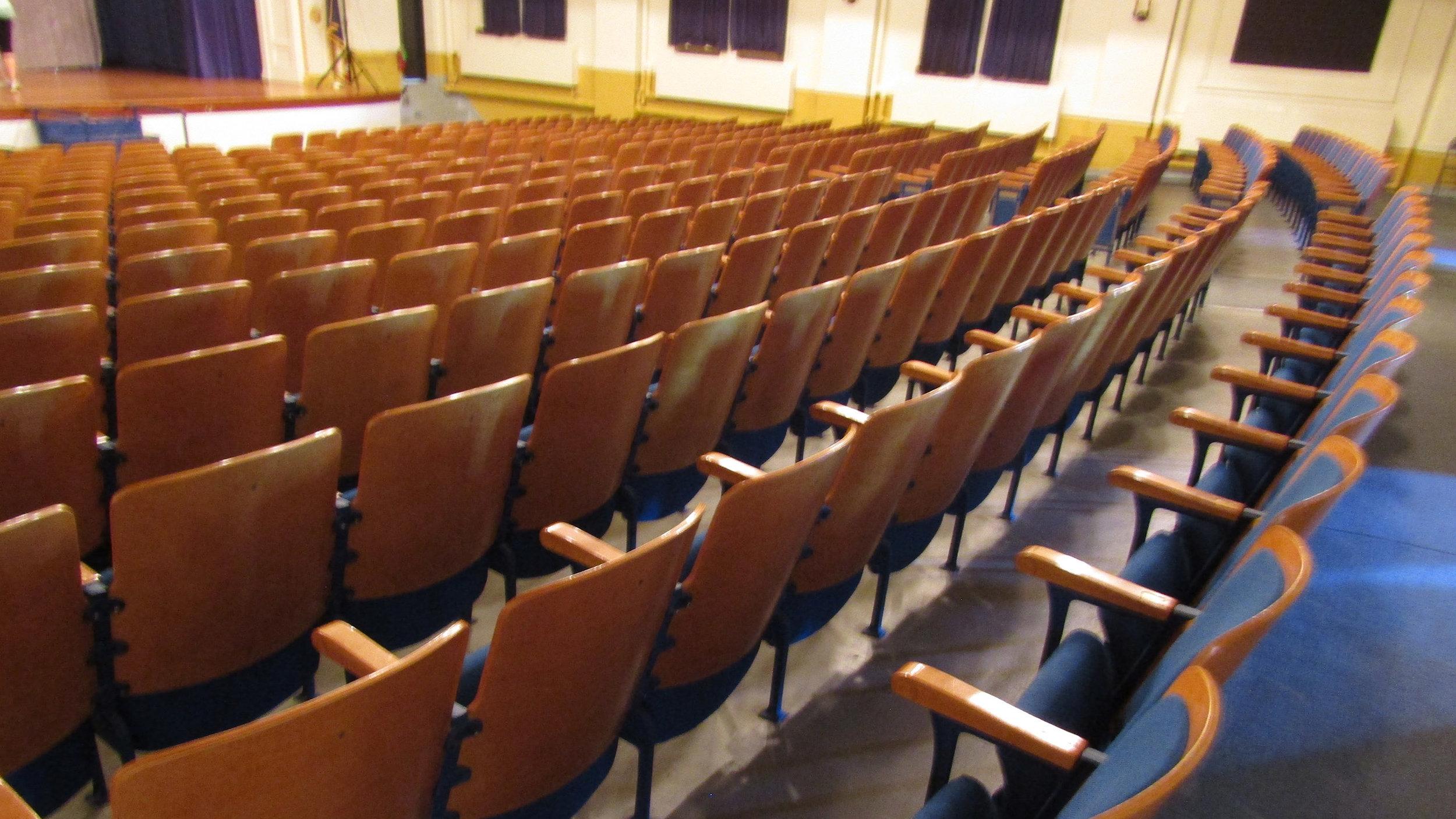 Auditorium_9996.jpg