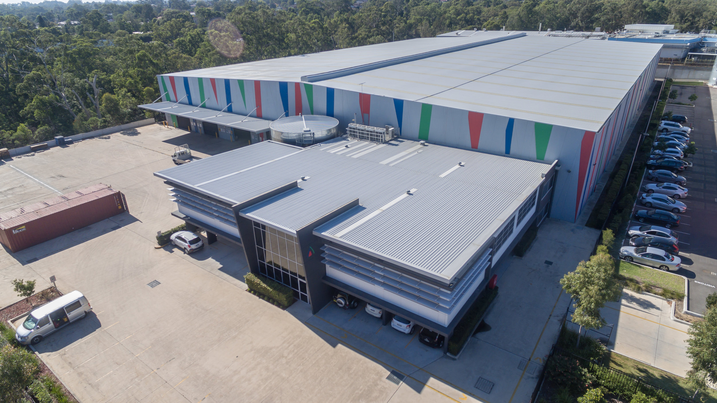 10,000m2 Warehouse - LOCATION: WINSTON HILLSCOST: 11 Million