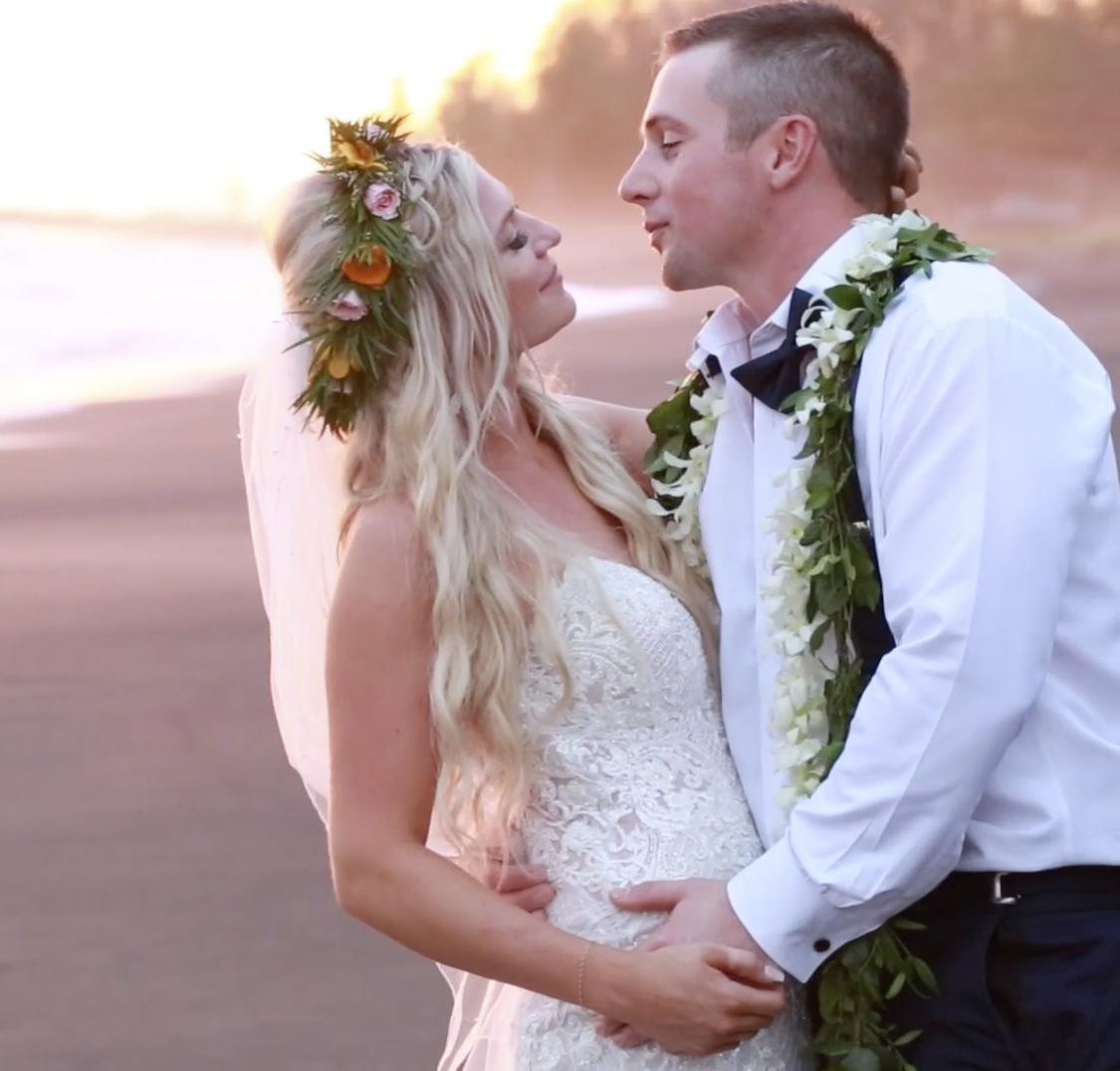 Hawaii beach sunset wedding // Waimea, Kauai
