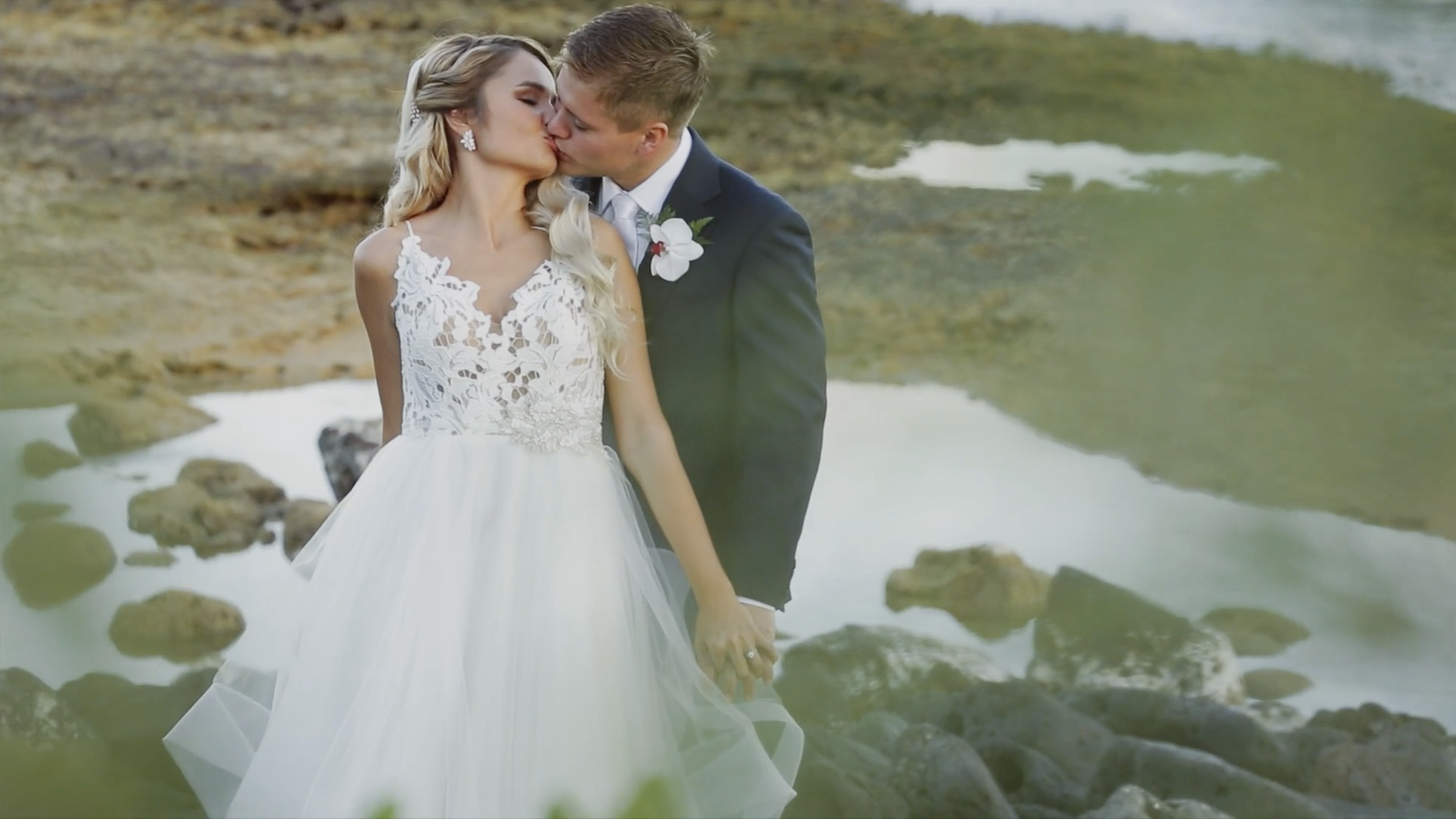 Beach Wedding on Kauai, Hawaii // Grand Hyatt Weddings Kauai