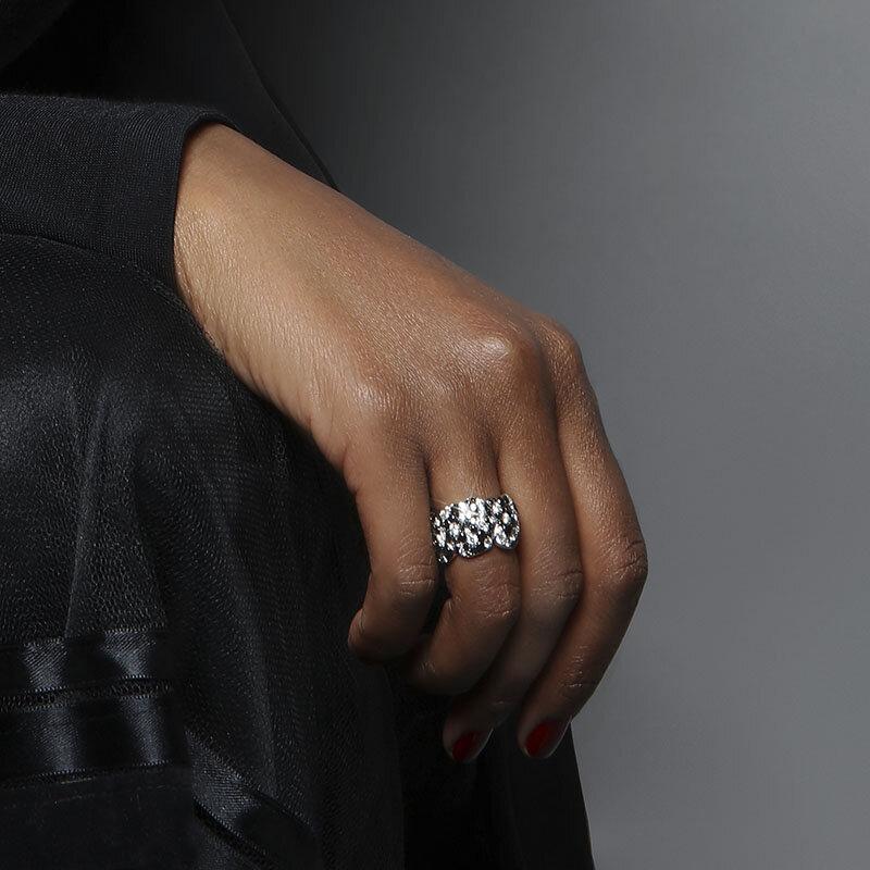 Legends Of Africa Iconic Black White Diamond Ring Vanleles