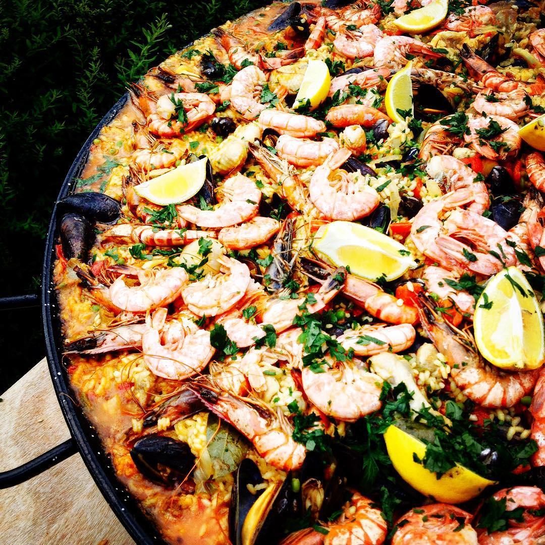 Foodpunks paella de mariscos.jpg