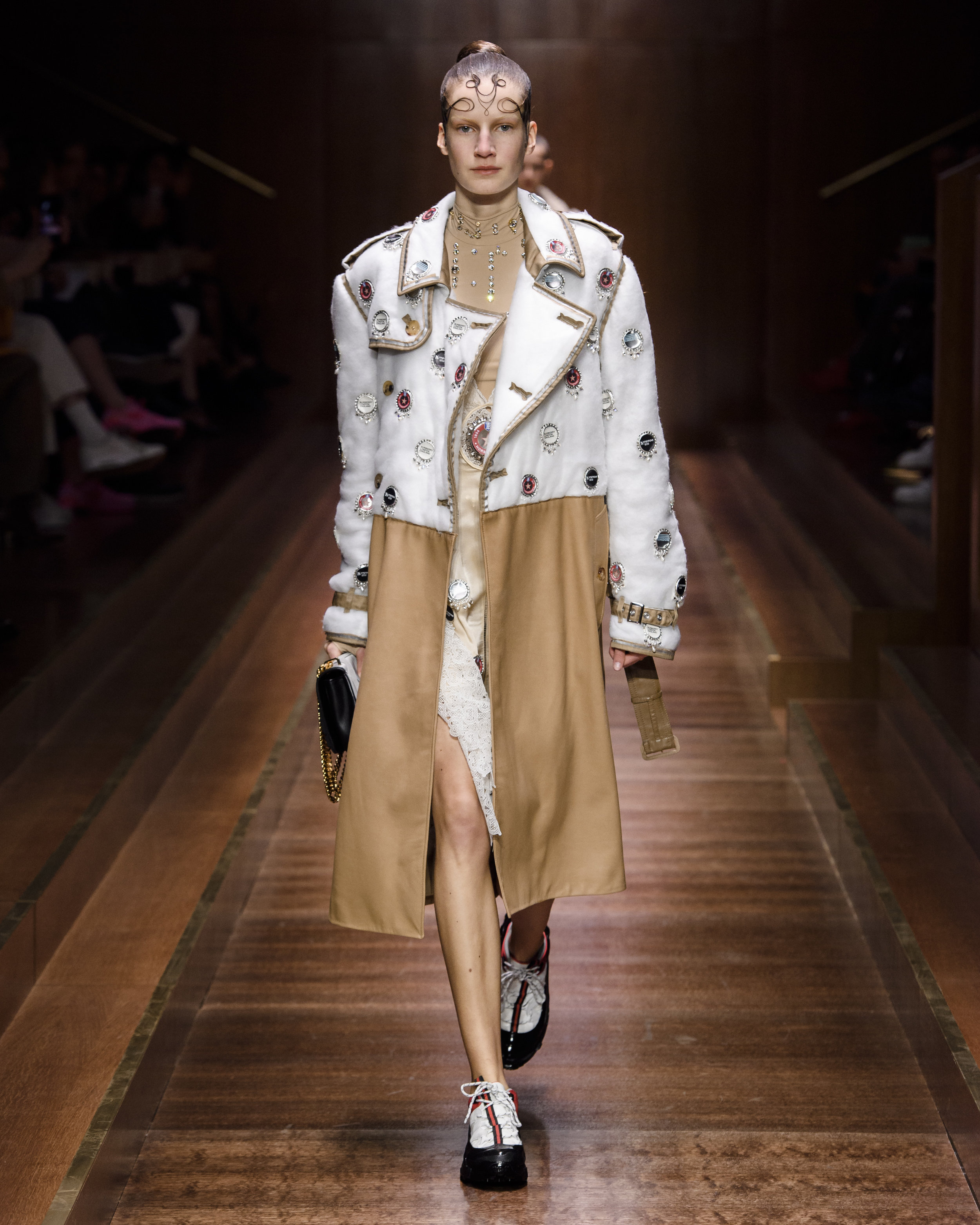 Burberry Autumn_Winter 2019 Collection - Look 37.jpg