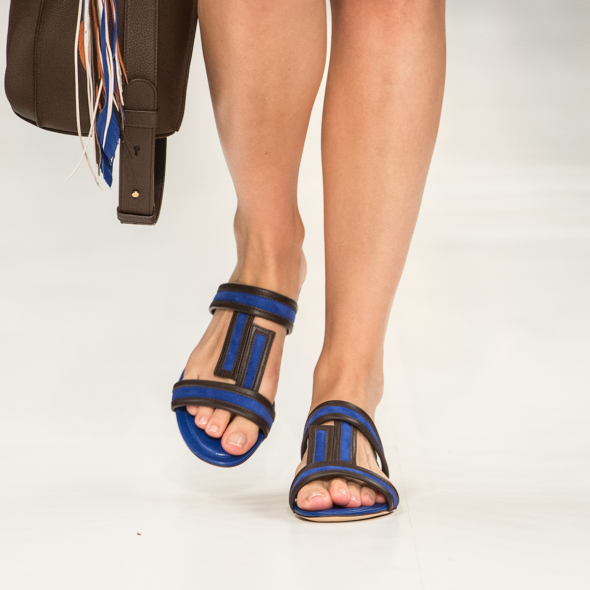 close-up-shoes-8.jpg