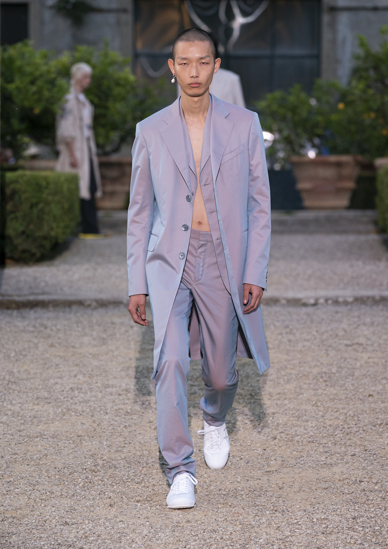 Givench Men_s Spring Summer 2020 (Look 1).jpg