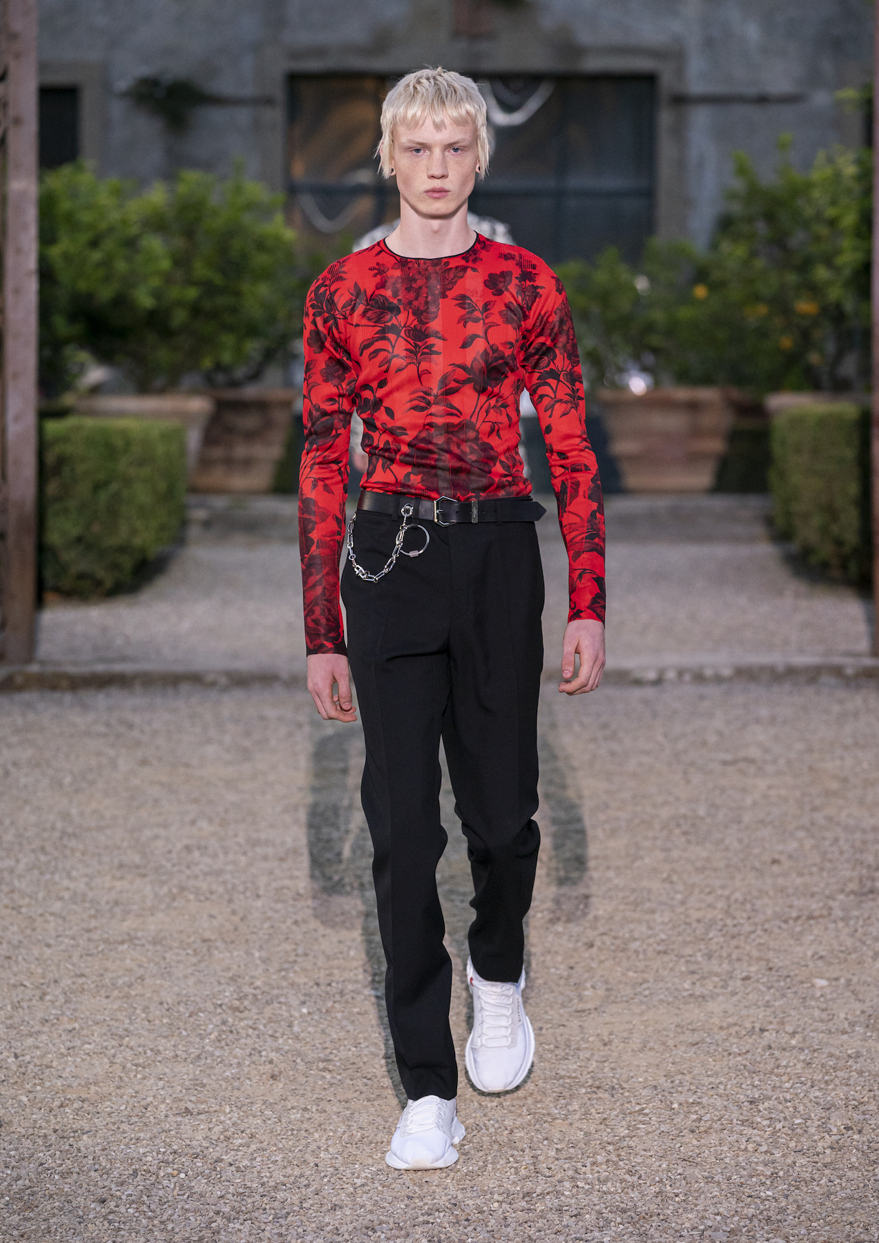 Givench Men_s Spring Summer 2020 (Look 26).jpg