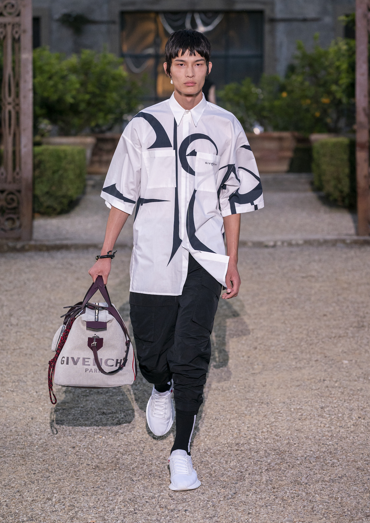 Givench Men_s Spring Summer 2020 (Look 37).jpg