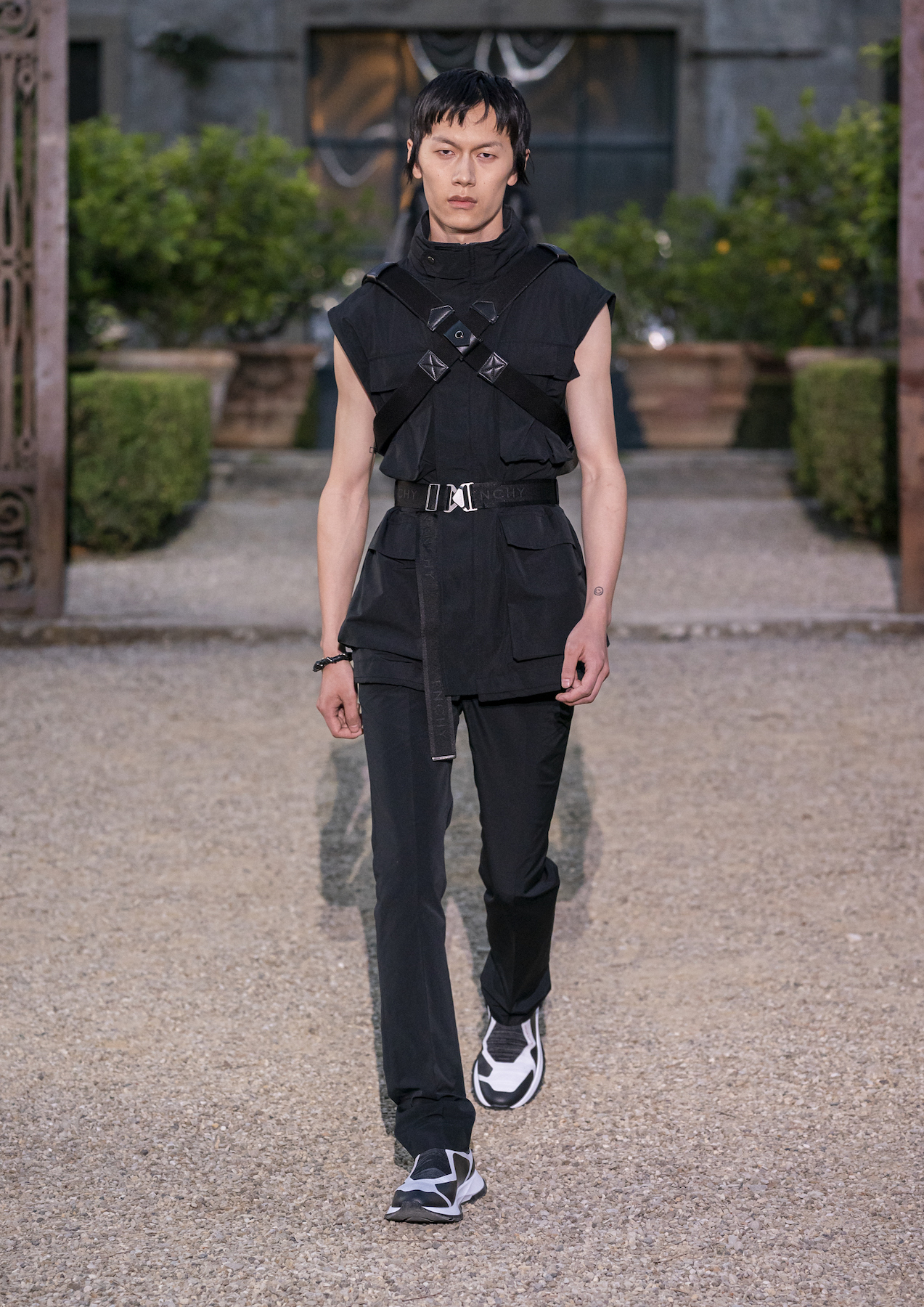 Givench Men_s Spring Summer 2020 (Look 38).jpg