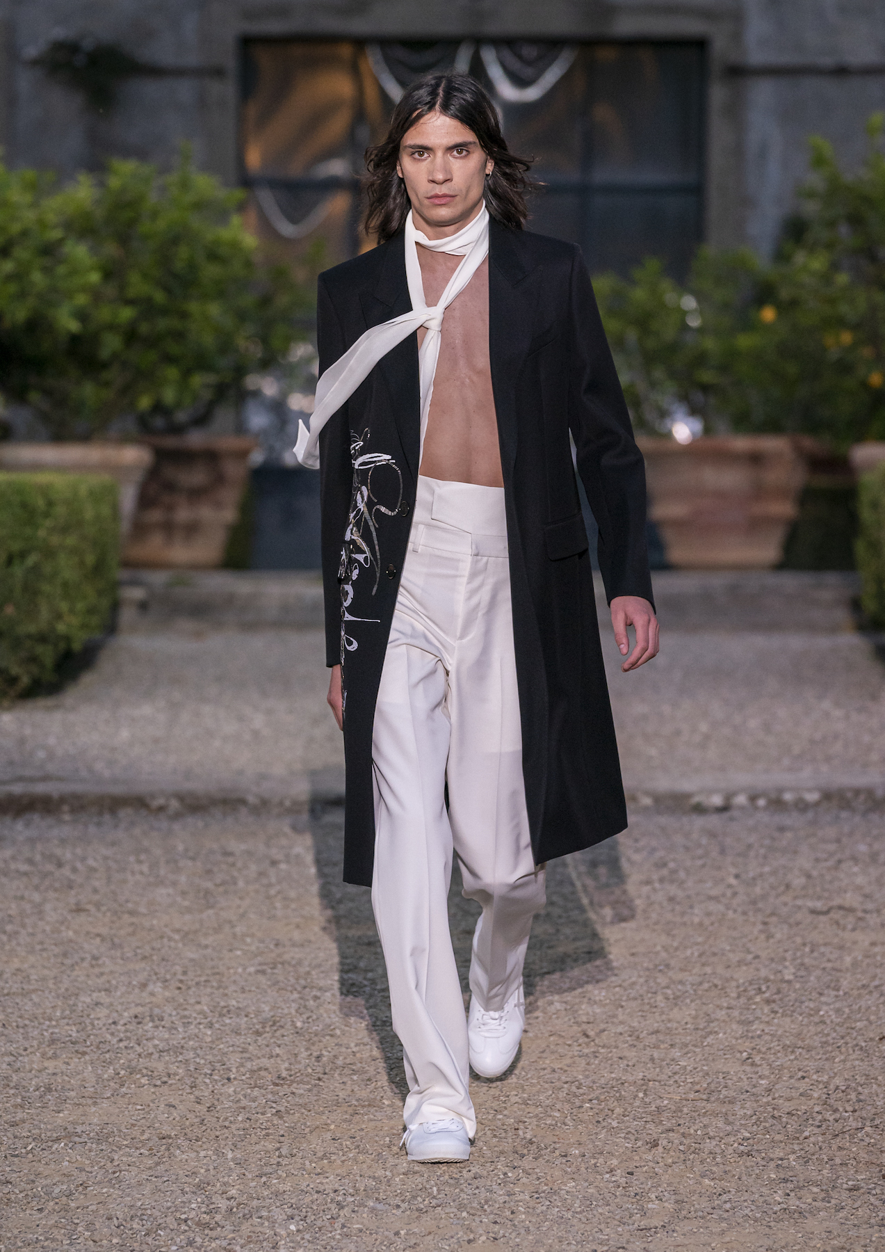 Givench Men_s Spring Summer 2020 (Look 53).jpg