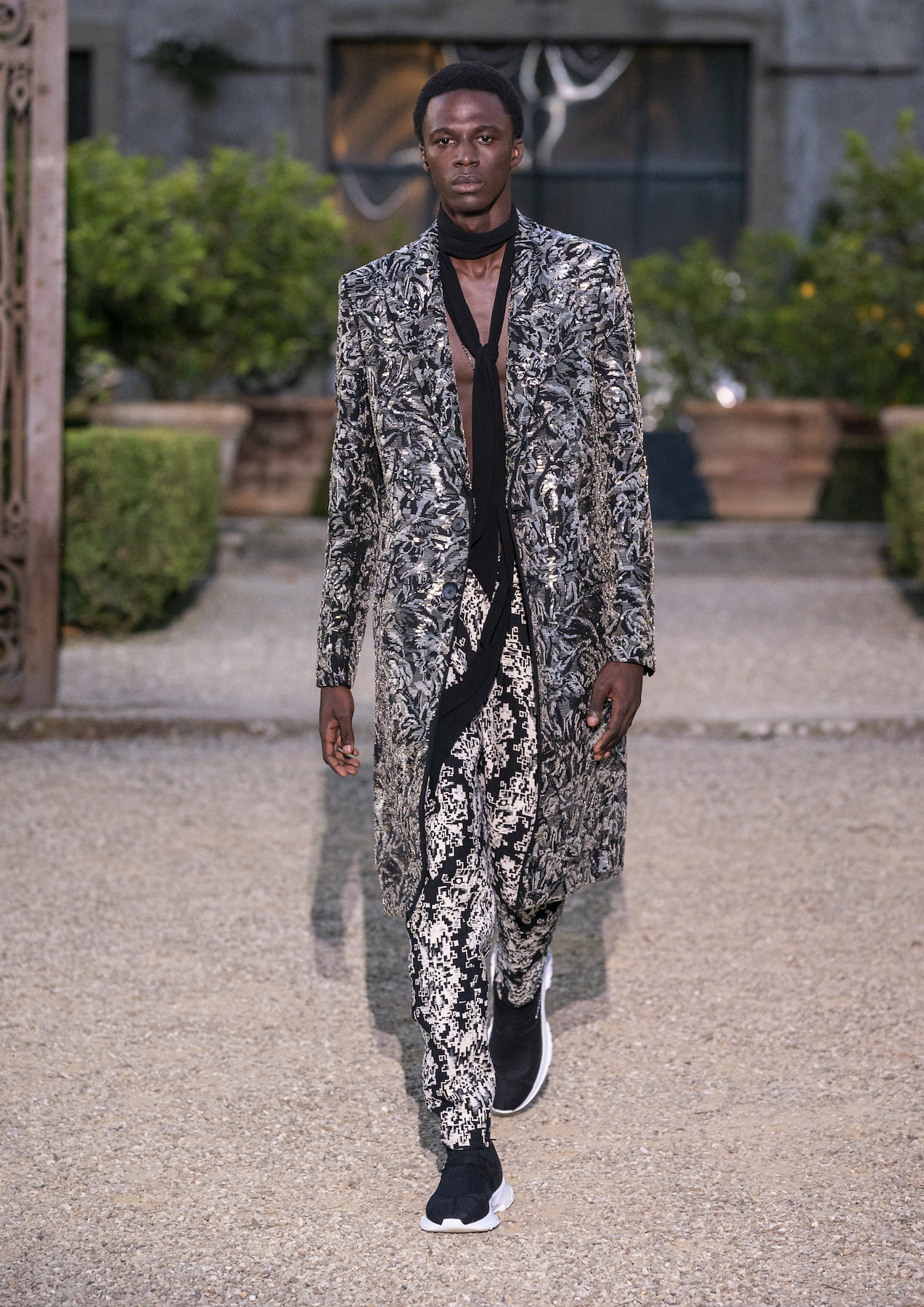 Givench Men_s Spring Summer 2020 (Look 52).jpg