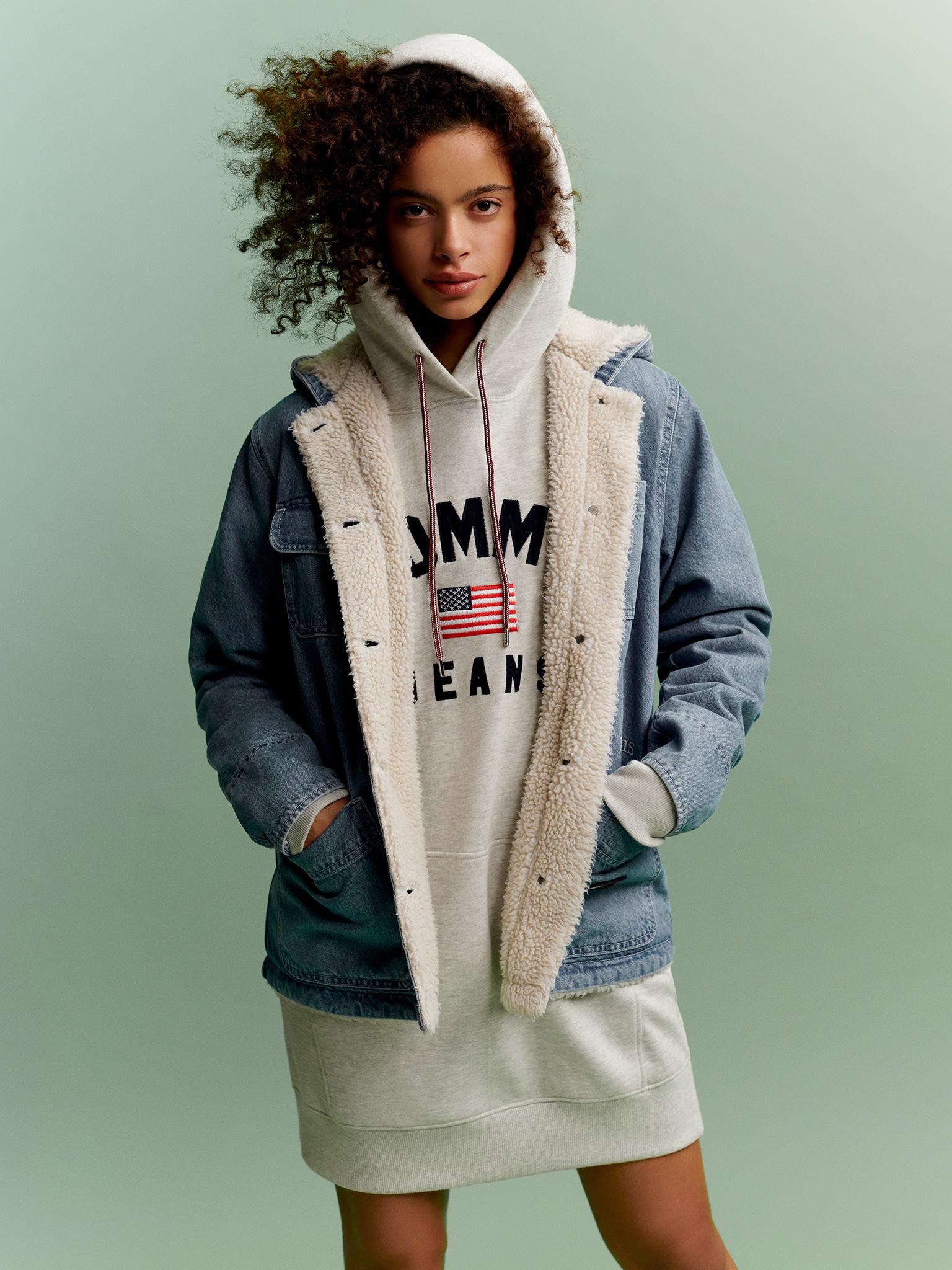 TH_Fall2019_TommyJeans_Lookbook_Look_13.jpg