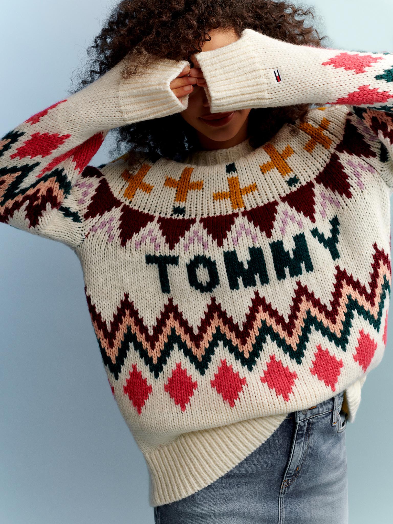 TH_Fall2019_TommyJeans_Lookbook_Look_18_Detail01.jpg