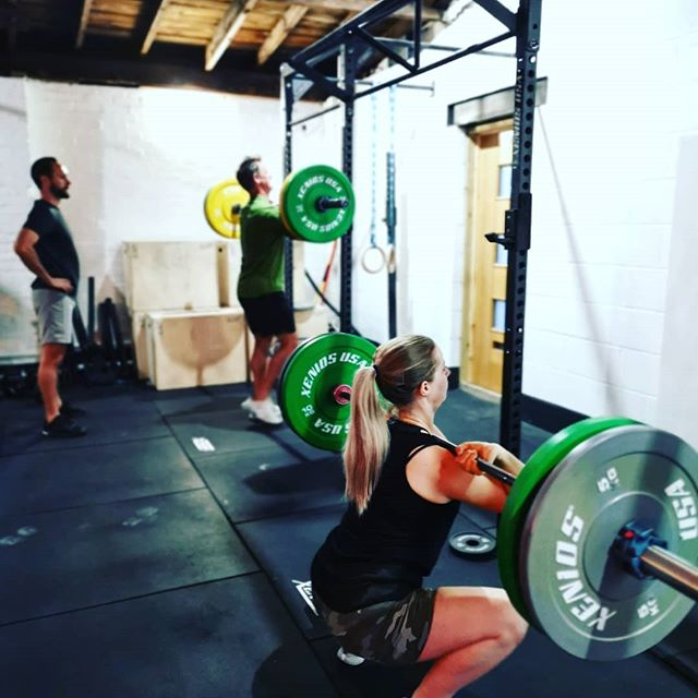 Introduced front squat today and it went down well! Some great form shown and good numbers going up for most people trying it for the first time! . #crossfit #wearegrandunion #mondaymotivation #squat #berkhamsted