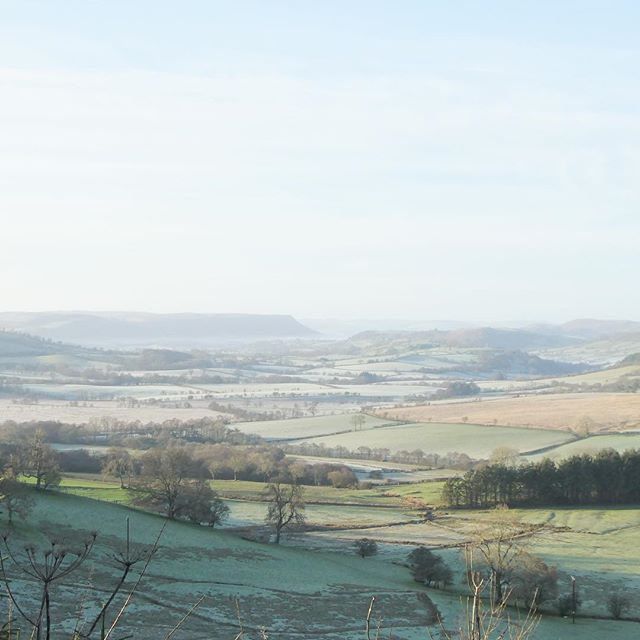 The wonderful Edw valley, looking back towards the campsite. #ThisIsRadnorshire #riveredw #wyevalley #frosty #wintersun