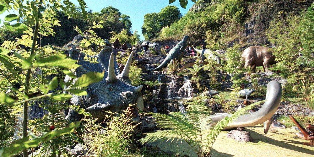 dinosaurssliderpics1.jpg