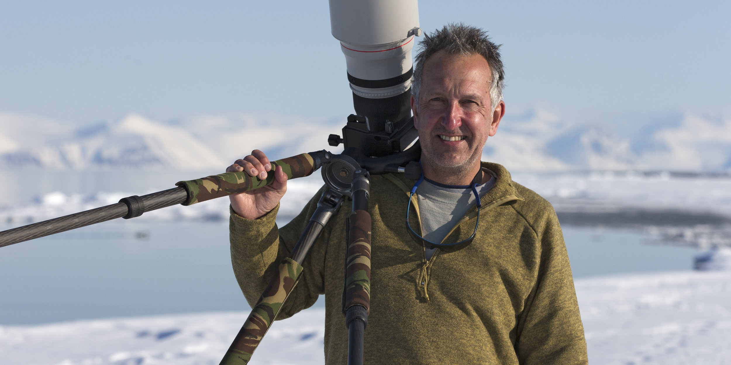 Acclaimed writer, broadcaster, naturalist and photographer Mark Carwardine will be joining us on the evening of 12th July for a special guest talk about his adventures photographing whales and other marine life.