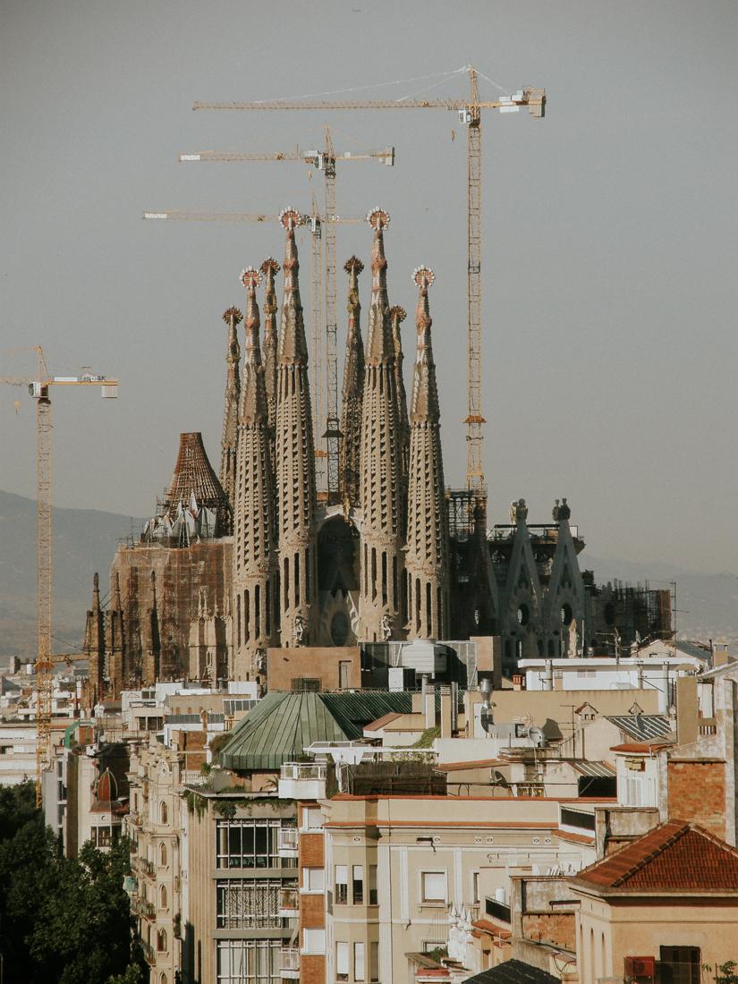 Sagrada Familila Barcelona.jpg