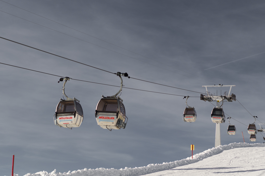 Snow and ski-lift Project: We Travel.jpg