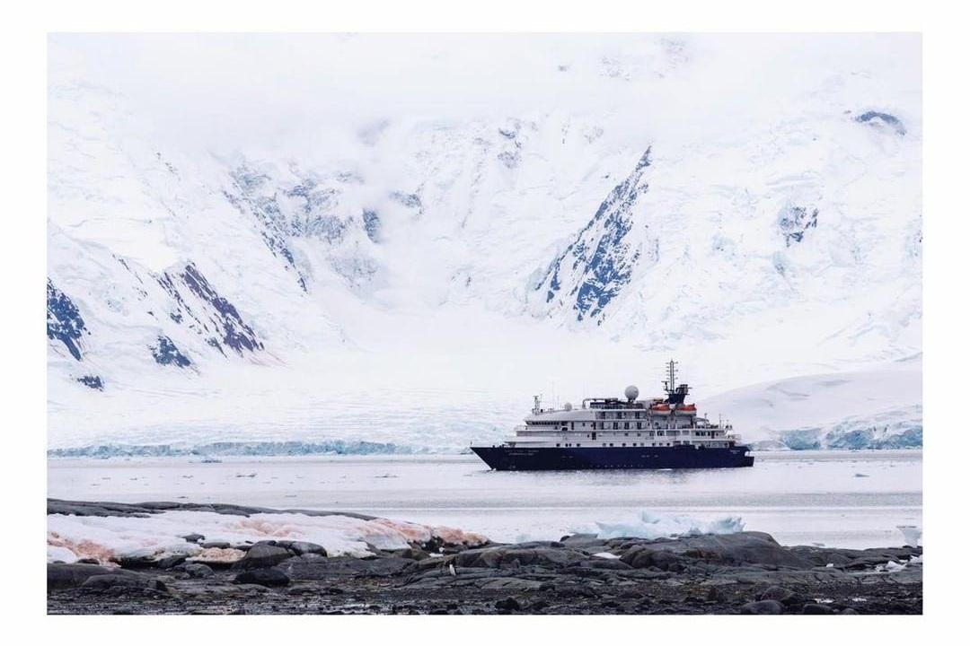 Antarctic Peninsula - Project We Travel.jpg
