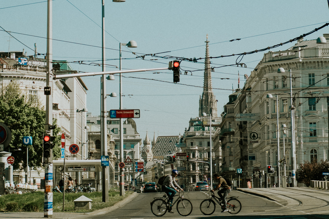 street-stephens-cathedral-vienna.jpg