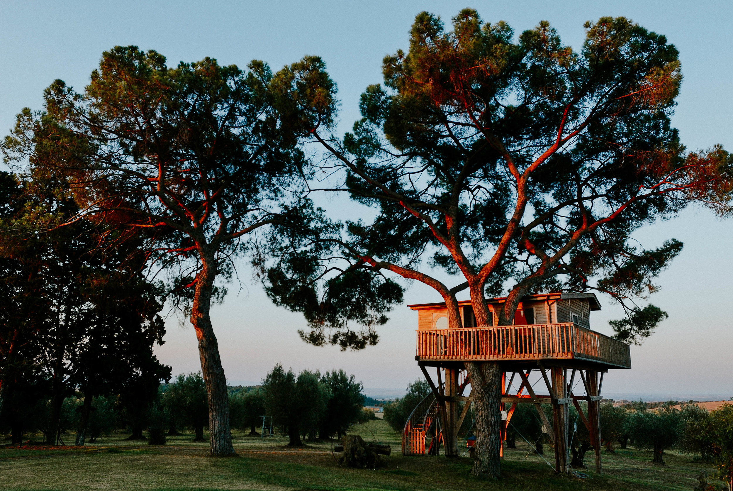 la-piantata-treehouse-project-we-travel
