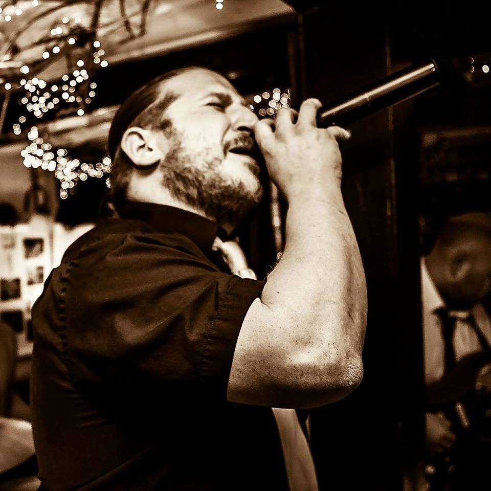 STUART JAMES - Vocalist