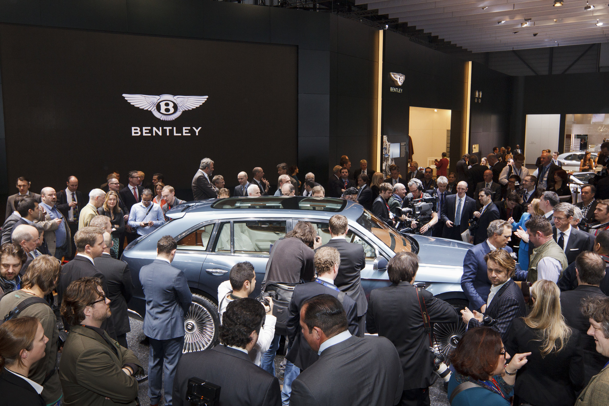BentleyBentayaga_website6.jpg