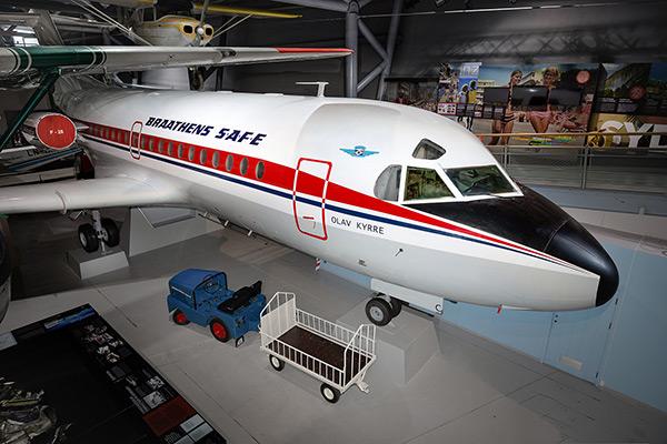 Fokker F-28 1000 Fellowship -