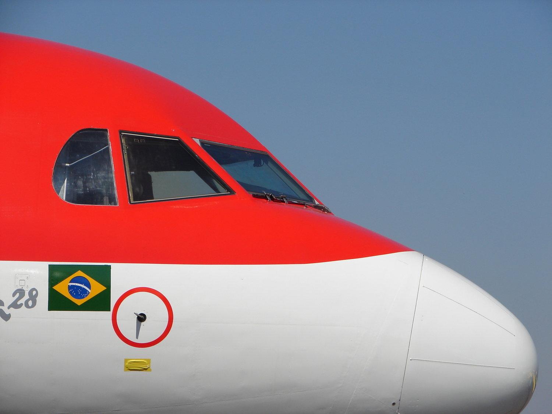 plane-1390349-1600x1200.jpg