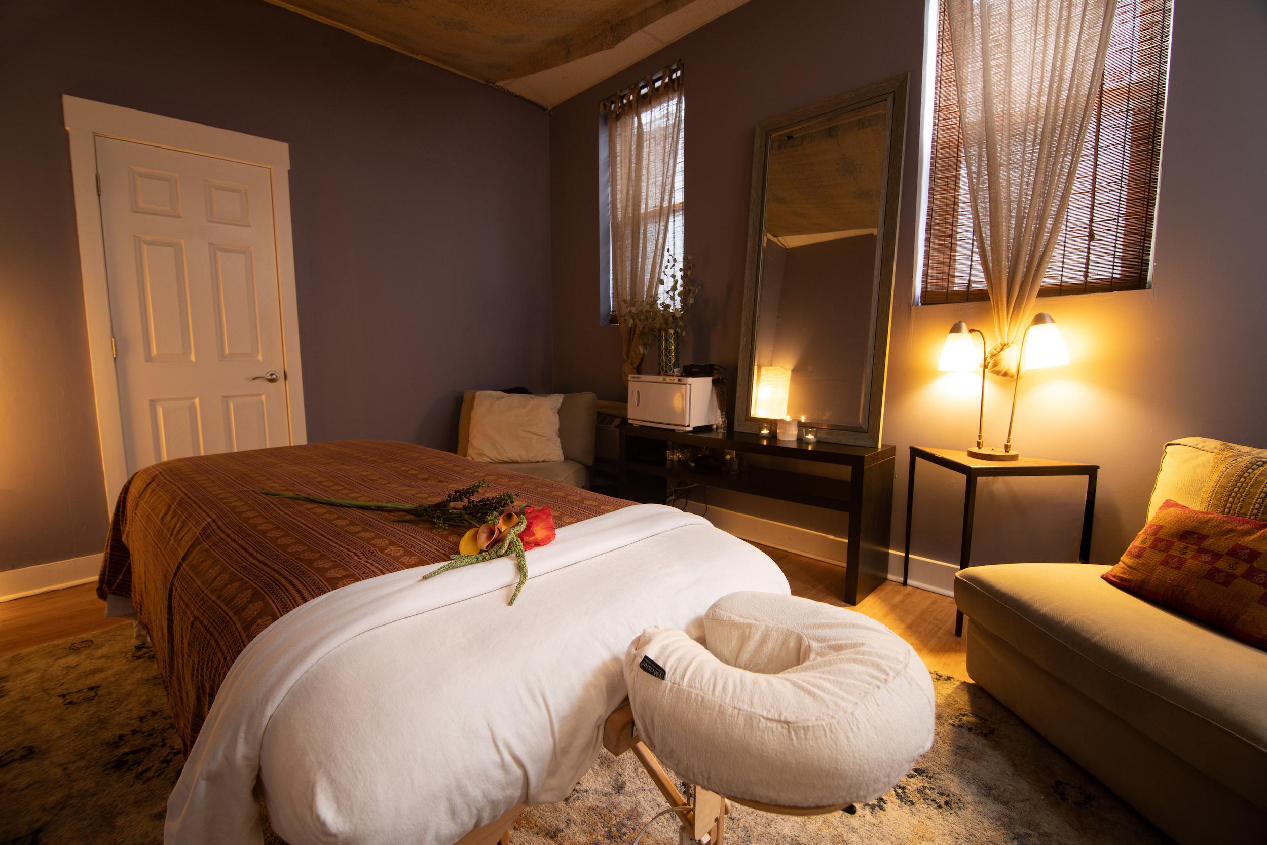 pittsburgh-massage-acupuncture.jpg