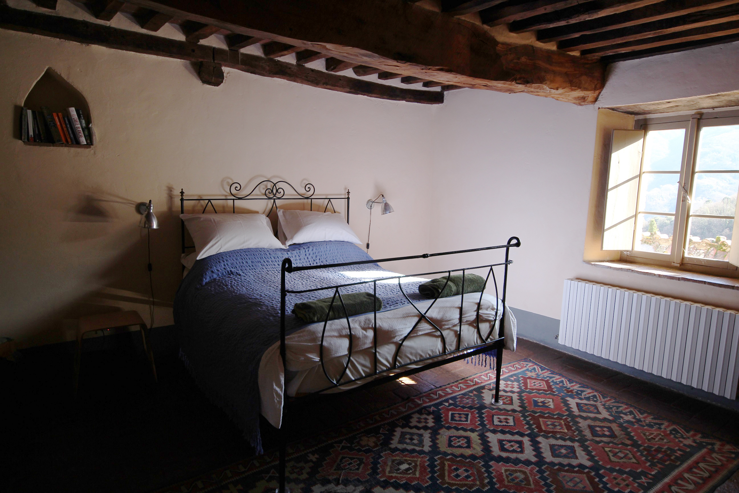 Cottages double bedroom.jpg