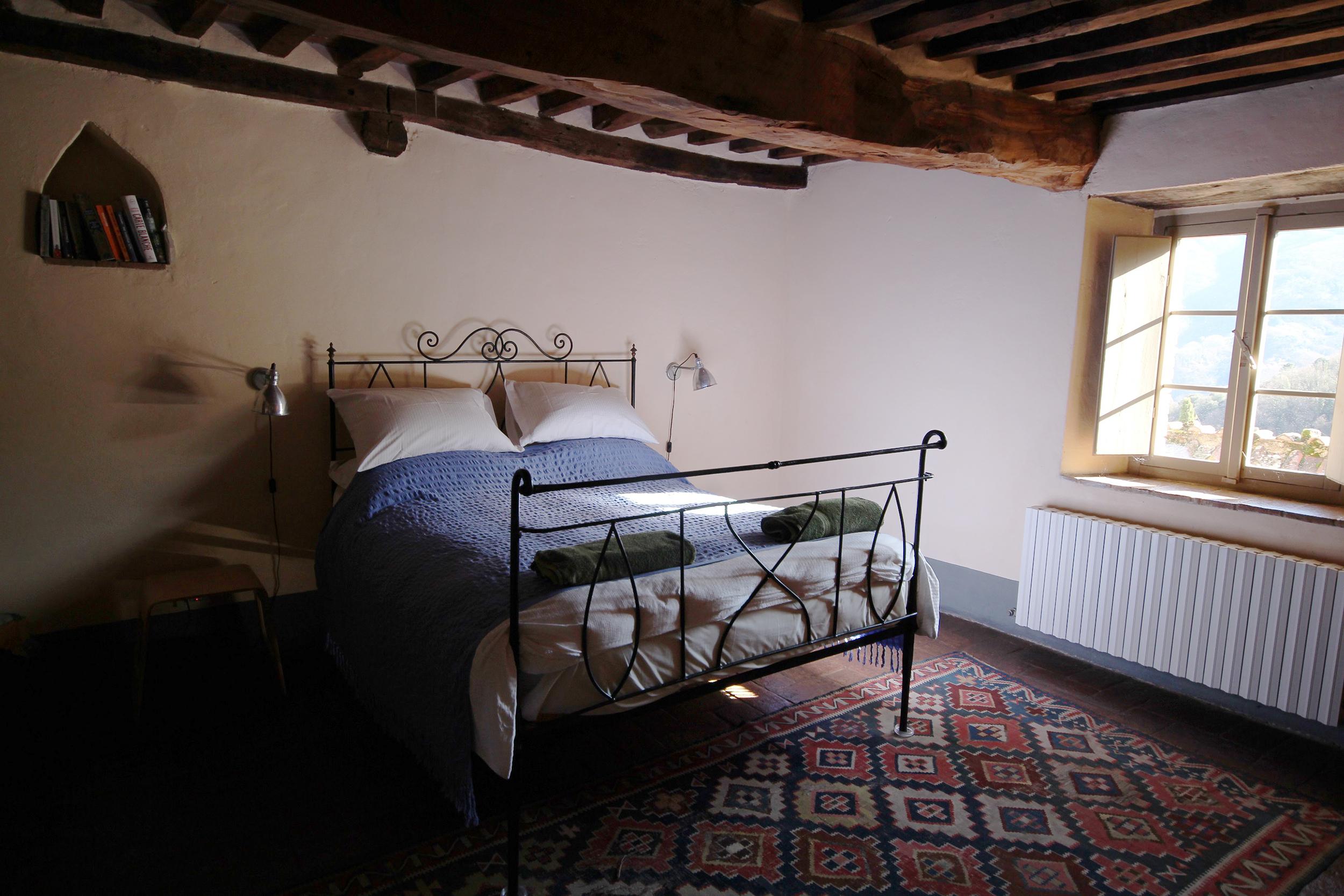 Cottages double bedroom.jpg