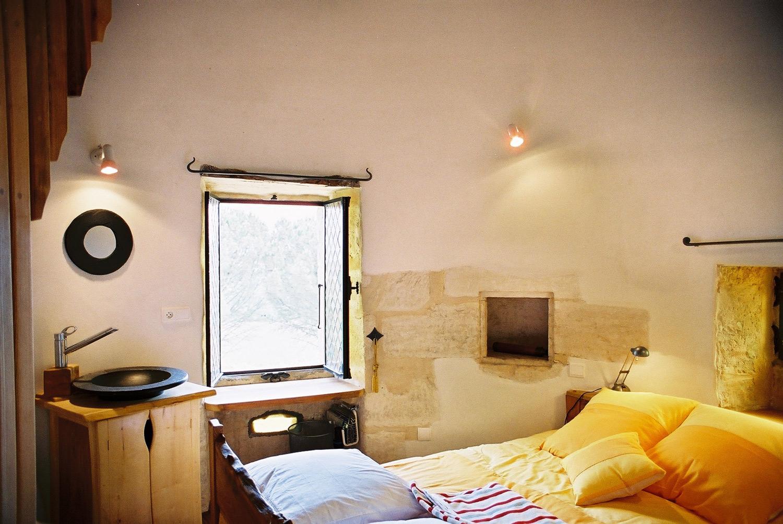 Bedroom-in-morning.jpg